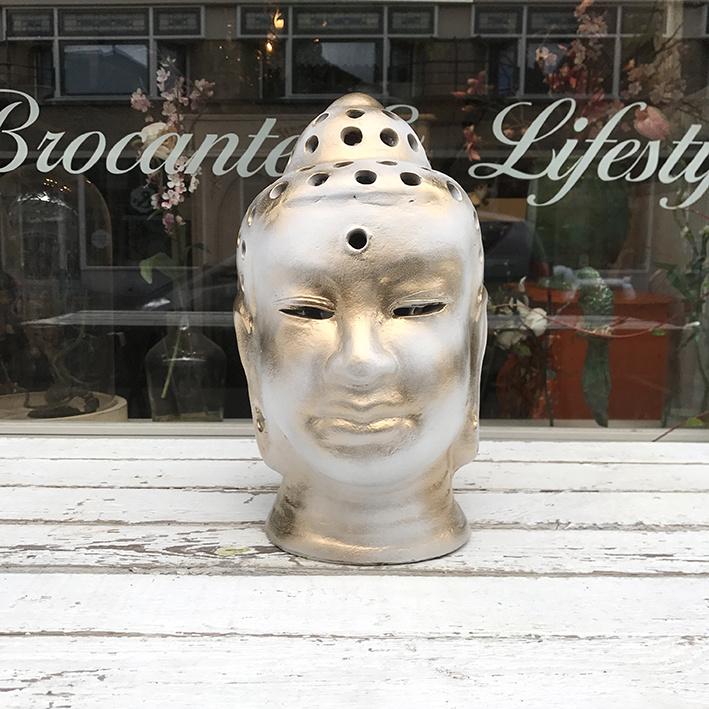 Buddha hoofd met gaatjes wit/goud