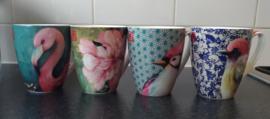 Set van 4 porseleinen bekers/ mugs Sophie Adde