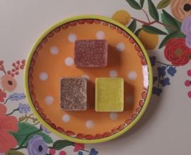 Set van drie geurblokjes in organza zakje
