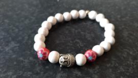 Wit bohemian armbandje met Boeddha kraal-rood