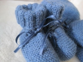 gebreide sokjes marineblauw