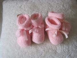 gebreide roze sokjes