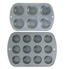 Wilton Recipe Right® 12 Cup Muffin Pan.
