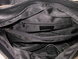 Leren schoudertas met ritsen en kwastje zwart