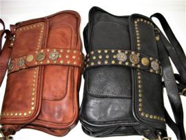 Vintage leren schoudertas / crossbody met decoratieve flap zwart
