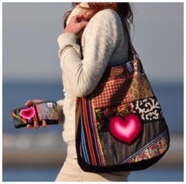 Uit eigen atelier: Uniek: `The heartwarming bag` (genummerd)