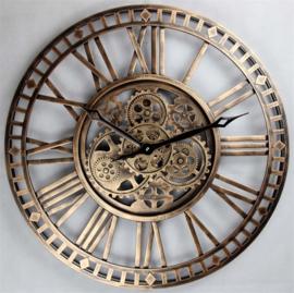 Wandklok 60 cm  zichtbaar draaiend uurwerk old koper.