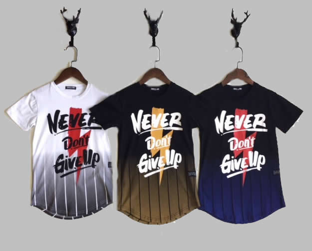 T-shirt -  Never Give Up white