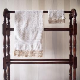 Handdoek + washandje met gehaakt randje