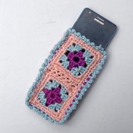 Gehaakt granny squares telefoonhoesje