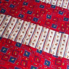 Dekbedovertrek rood/wit met poppetjes