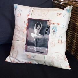 Kussenhoes serie 'Post': ballerina