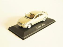 Mercedes Benz CLS 500 (2004)