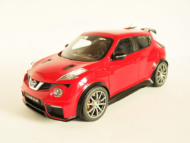 Nissan Juke R (2016) (Glossy Red)