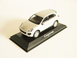 Porsche Cayenne (2014) zilverkleurig