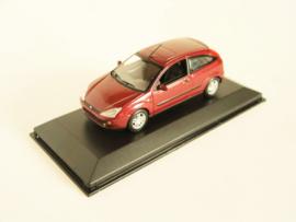 Ford Focus rood metallic