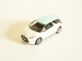 Citroën DS3 wit/ blauw