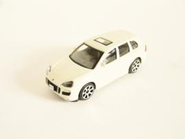 Porsche Cayenne wit