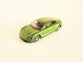 Porsche Taycan groen metallic