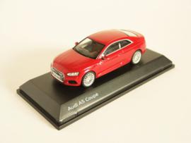 Audi A5 Coupé (Tango Red)
