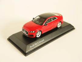 Audi RS5 Coupé (Misano Red)