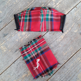 Kerstmondkapjes met bijpassend sjaaltje voor de hond
