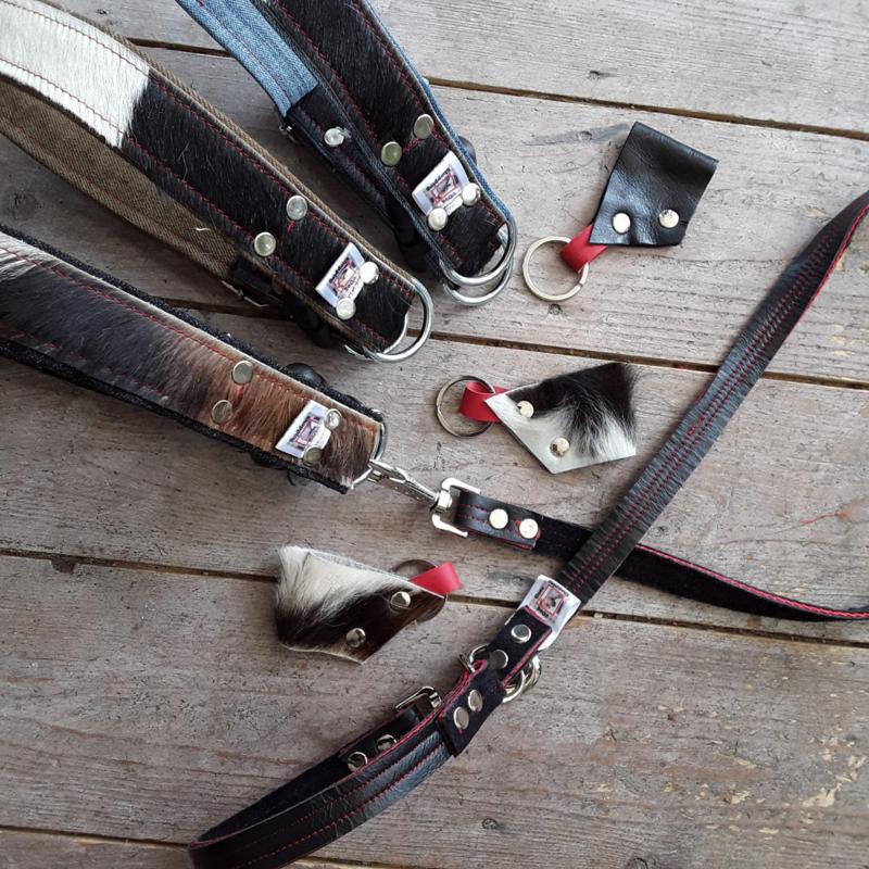 Custommade halsbanden koe & jeans met clip