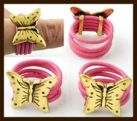 R399: Ring Roze met Leerschuiver: Vlinder.