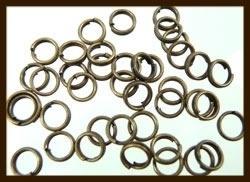 50st. Bronskleurige Dubbel - Split Ringen: Rond van 5mm.