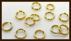 50st. Goudkleurige Split - Dubbel Ringen: Rond van 5mm.