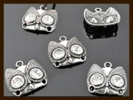 V075: Tibetaans Zilveren 3-Gaats Uil Hanger-Verdeler.