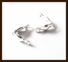 KL015: 10st. Dubbeloog Kalotjes van 8x4mm: Zilver.