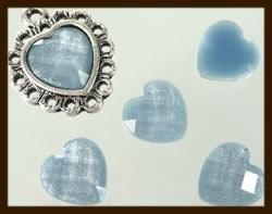 P077: Acryl Facet Geslepen Plaksteen Hartje van 10x10mm: Grijs.