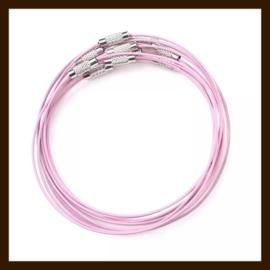 Spang Ketting van 46cm: Licht Roze.