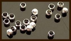 50st. Knijpkralen van 3mm: Zilver.
