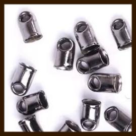K27: Set van 2st. Set Black Nickel Eindkapjes van 7x4mm.