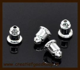 Ost.017: 10st. Zilverkleurige Oorbellen Stoppers/Dopjes van 6x5mm.
