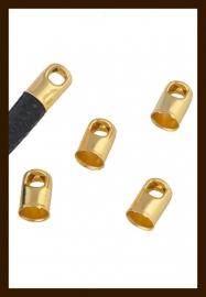 K05: Set van 2st. Set Goudkleurige Eindkapjes van 7x4mm.