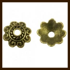 KRKB.04: 10st. Bronskleurige  Bronskleurige Kralenkapjes van 8mm.