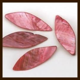10st. XL Parelmoer Schelpkralen Ovaal: Fuchsia.