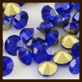 S.621: 50st. Glas Kristal Similisteentjes: Donker Blauw.