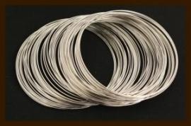 10 Windingen. Memory Wire Nikkel van 60mm.