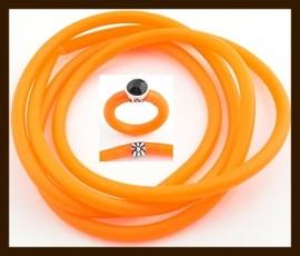 1 Meter Rubber Buna Koord 5mm: Oranje.