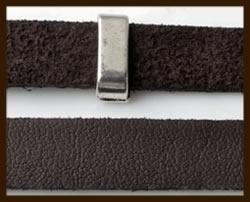 1 Meter IL09: Imitatie Leer van 10mm Breed: Donker Bruin.