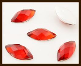 PSZ02: 10st. Ovale Facet Geslepen Acryl Plakstenen van 10x5mm: Rood.