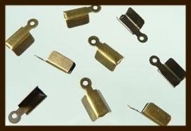 VK011: 10st. Veterklemmen van 8x4mm: Brons.