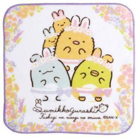 Sumikkogurashi Mysterious Rabbit doekje | paarse rand