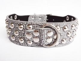 N01 - Luxe halsband croco design met studs 53 - 61 cm