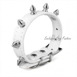 A01 - Halsband spikes | wit | 27 - 39cm