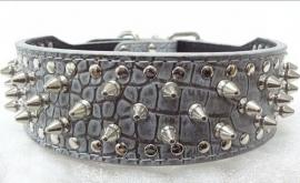 L01 - Halsband croco met spikes, grijs 53-61cm